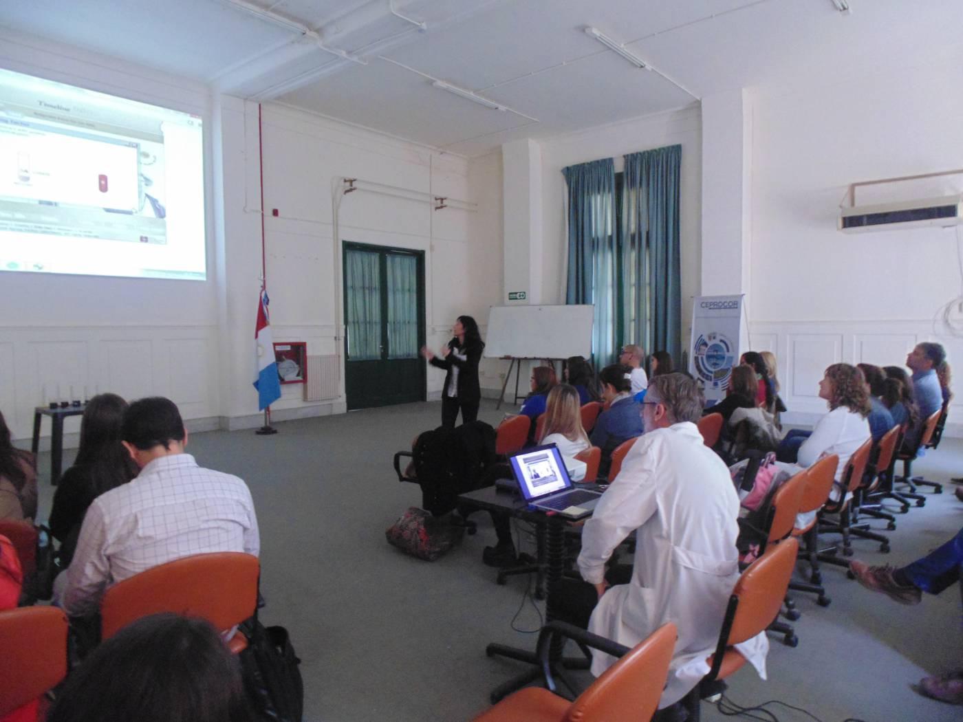 Jornadas de capacitación y trabajo en el laboratorio con docentes